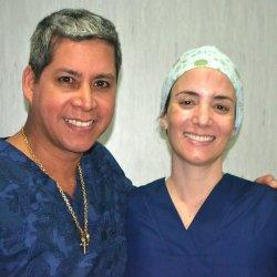 Dr. Gino Llosa y Dra. Bettina Tiravanti Clínica Petras